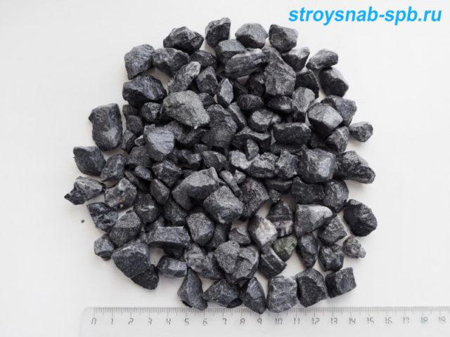 Мраморная крошка черная 10-20 мм